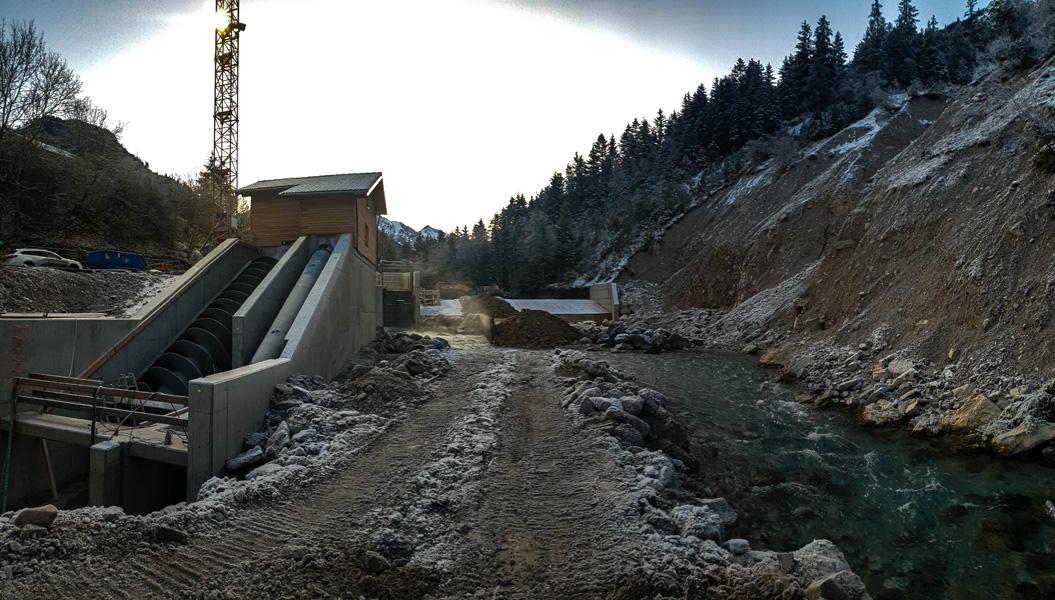Blick auf die Wasserkraftschnecke